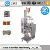 Máquina de embalagem de enchimento líquida do óleo automático da pequena escala