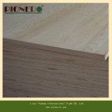 Madera contrachapada comercial usada madera contrachapada de la talla estándar del grado de los muebles al mercado de Dubai