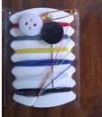 10 linha + 10 agulha + 1 pino de segurança + 2 botão orgânico + 1 tesoura de segurança com conjunto de costura de caixa de plástico