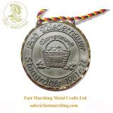 Trofeos y premios personalizados Llavero de metal medallas de fútbol en venta