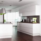 Europäischer Art-Furnierholz-Karkasse-Küche-Schrank mit UVende-Tür-Miniküche-Entwurf