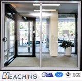 Серебристая раздвижная дверь алюминиевого сплава с стеклом лоска ручки d высоким