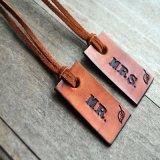 Etiqueta de vestuário Designer baratos personalizadas de couro Personalizado Hang Tag