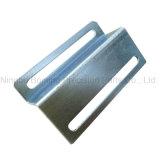 Blech, das Teil des Metallhalters/-verbindenden stempelt