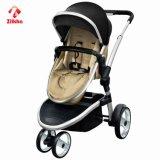 Dreirädriger Kinderwagen mit Sitz + Carseat