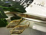 De vissen haken de Echte Kubieke Oorringen Zircone van het Gouden Plateren voor de Vrouwen van de Manier vast
