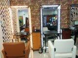 Iluminação dobro do diodo emissor de luz do lado acima da estação do espelho do Hairdressing do espelho do salão de beleza