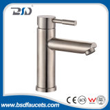 Polaco del cepillo del agua de Cold&Hot del grifo del acero inoxidable del lavabo del cuarto de baño