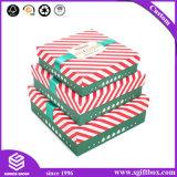 Rectángulos de regalo hechos a mano de la Navidad