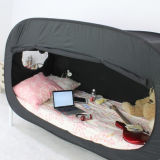 De hete Verkopende Buitengewoon brede Vouwende Pop omhooggaande Tent van het Bed van het Insect voor uit/Binnen