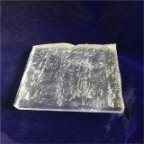 Mattone di cristallo con la superficie acida
