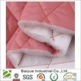 Ovatta del poliestere con la stoffa per trapunte laterale del diamante del tessuto uno