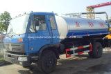 Dongfeng 4X2 6은 8000 L 찌끼 흡입 진공 탱크 트럭을 선회한다