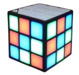 子供のための立方体のBluetoothの小型スピーカー