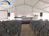 Zelte für die Ereignisse, die im Freienpartei-Zelt mit Bodenbelag Wedding sind