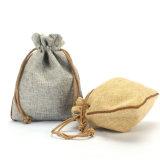 De aangepaste Kleine het Winkelen Handtas van de Jute van de Zak van de Jute Drawstring (CJB1117)