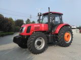 4WD de Tractor van het Landbouwbedrijf 180HP/Landbouwtrekker met de Lader en Backhoe van het VoorEind