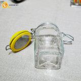 Scatola metallica chiusa ermeticamente di vetro italiana con il coperchio provvisto di cardini