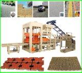 Máquina de fabricación de ladrillo hueco automática confiable Qt4-20 de la calidad