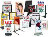24 x 36鋼鉄金属のサンドイッチボードポスター印の黒板の屋外のチョークの倍の図形携帯用広告の表示装置の立場フレーム