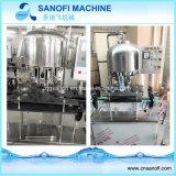 Type linéaire machine de remplissage de mise en bouteilles de l'eau