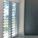 Sgp LamintedのガラスルーバーJalousieの窓ガラスの価格