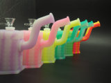 FDAの公認のシリコーンの軽打の装備のガラスアクセサリが付いている煙る配水管