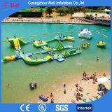 Jogos infláveis de flutuação infláveis do campo de jogos da água do parque da água dos miúdos e dos adultos da alta qualidade