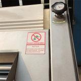 Ingénieurs procurables pour entretenir le matériel de restaurant pour la baguette de moulage