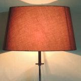 Lámparas de suelo negras modernas simples de la cortina de la tela del metal y del vidrio para el hogar