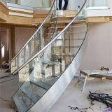 プレハブのステンレス鋼の螺線形階段によっては屋内のための曲げられた階段が家へ帰る