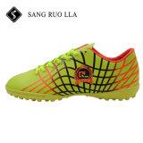 2017 Новые поступления горячей продажи на открытом воздухе красочный футбол обувь