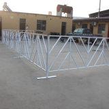 Du côté de la route à revêtement en PVC Barricade en métal soudé
