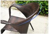كرسي تثبيت خارجيّة و [رووند تبل] مع أعلى زجاجيّة