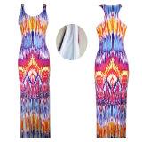 Plusgrößen-Frau gedrucktes reizvolles langes Kleid mit Troddeln für Strand