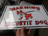 Hundewarnendes Metallzinn-Zeichen
