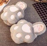 Enxerto morno de 2017 mulheres das sapatas da casa da cópia da pata do urso do outono em sapatas internas do inverno