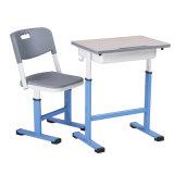 Hecho en escritorio y silla materiales de madera de los muebles de escuela de China solos