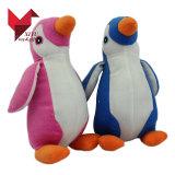 Het in het groot Aangepaste Stuk speelgoed van de Pluche van Pasen Pinguïn Gevulde