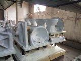 Lavandino di ceramica di stile moderno con il basamento