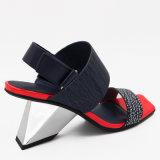 Moderno diseño artístico Irregular sandalias para mujer