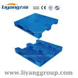 1100X1100mm Drie Agenten die de Plastic Pallet van de Staven van het Staal van de Pallet voor Levering voor doorverkoop rekken
