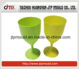 Wasser-Cup-Form mit Kappe