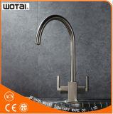 Robinet de cuisine de pivot de Poignée double évier eau du robinet (WT1002BN-KF)