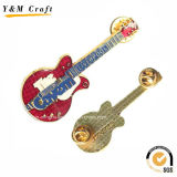 Pinos Shaped Ym1078 do Lapel do revestimento do ouro da guitarra elegante