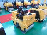 Caminhar Atrás de gasóleo rodoviário Mini Compactador rolo vibratório para venda (FYL-S600C)