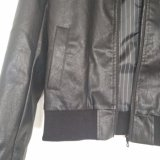 Women′ Куртка мотоцикла способа PU короткой мягкой кожи s кожаный