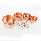 Чашки OEM 5 PCS установили по-разному ложки плакировкой золота размера измеряя
