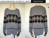 女性の柔らかい円形首セーター