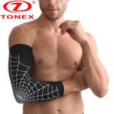 La compresión de extendido Crashproof Baloncesto antideslizante funda de brazo de protección UV